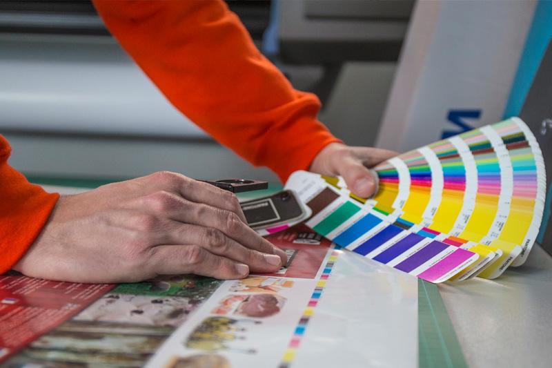 impremta-novagrafic-imprenta-acabados-acabats-impressió